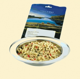 Trek\'n Eat Salmon Pesto with Pasta